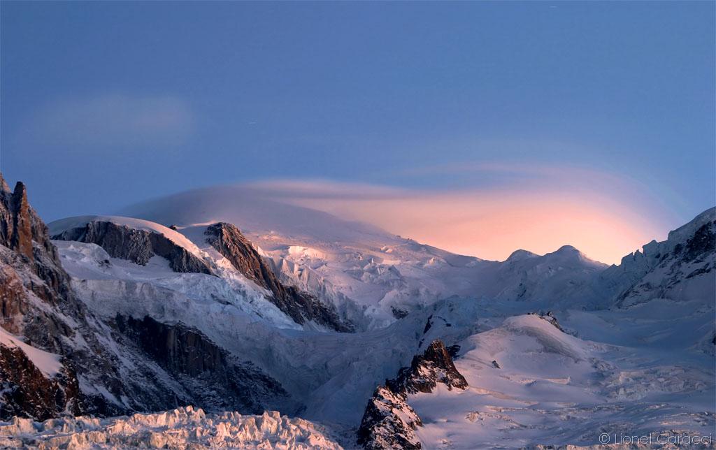 Crépuscule sur Mt Blanc