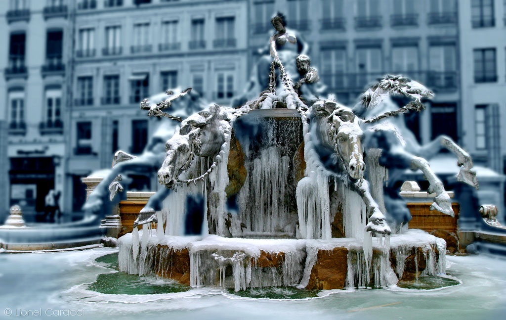 Fontaine Bartholdi Floutée