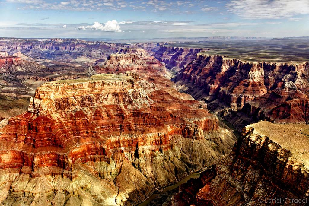 Photo de paysage nature - Grand Canyon d'avion - © Lionel Caracci Krom Galerie