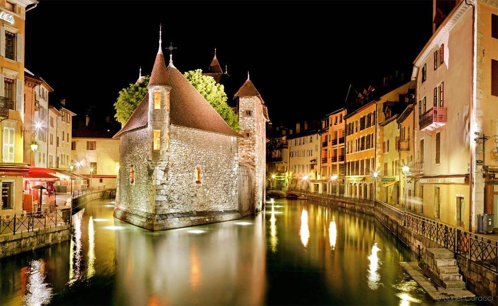 Photo de paysage urbain - Annecy - © Lionel Caracci Krom Galerie