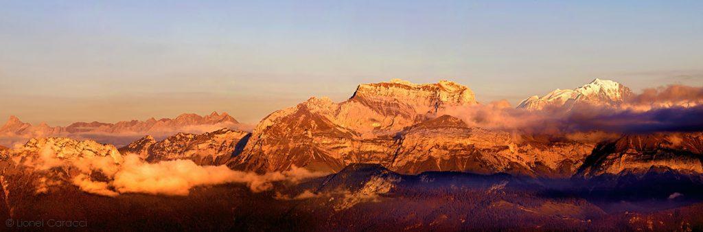 Photo des Alpes - Mont Blanc et Tournette, Annecy - © Lionel Caracci Krom Galerie