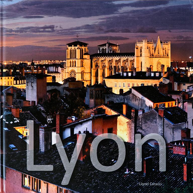 Livre de photos de Lyon - vol 1, couverture recto © Lionel Caracci